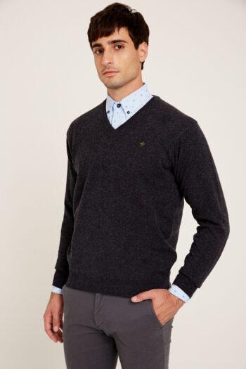 Sweater escote V de lana