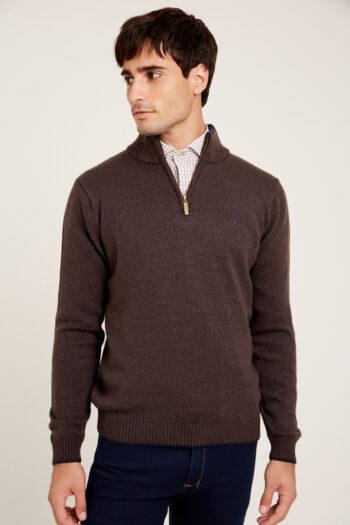 Sweater medio cierre y cuello a contratono de lana gruesa