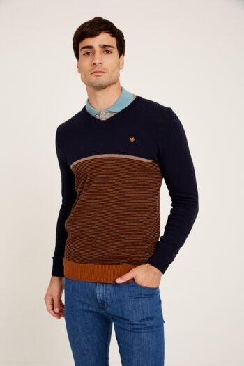 Sweater escote v mil rayas a contratono de lana acrilica