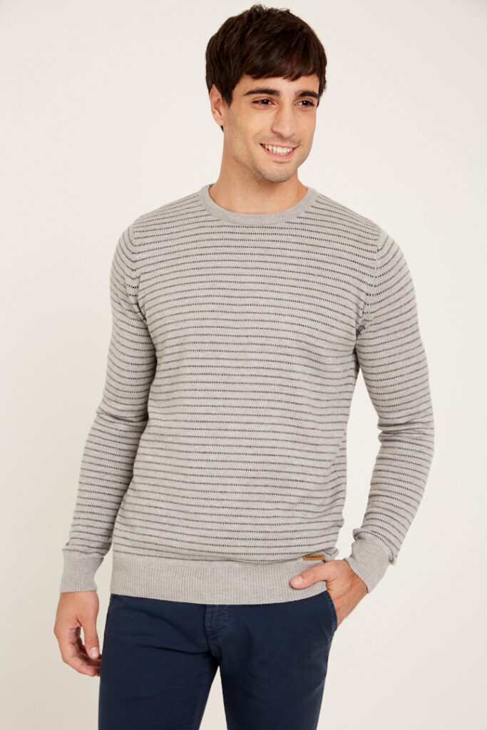 OUTLET Sweaters Escote Redondo Con Linea Puntitos