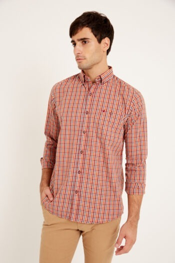 Camisa mangas largas slim fit relax a cuadros con bolsillo de algodón poliester