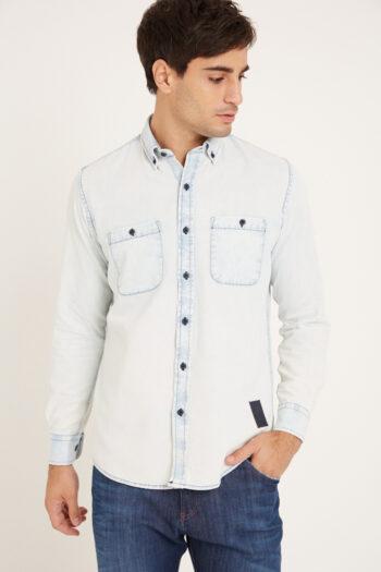Camisa de jean mangas largas slim fit relax con bolsillos