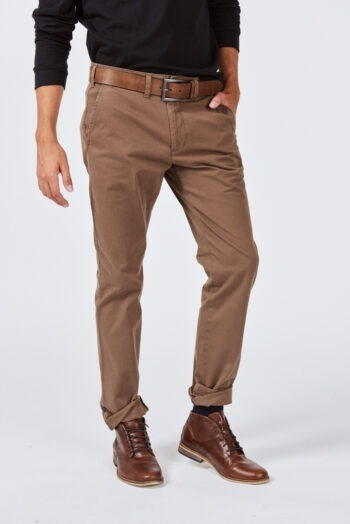 Chino regular fit de gabardina